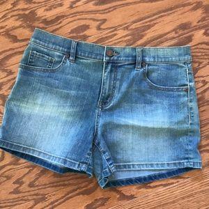 New York & Co Jean Shorts Sz 8